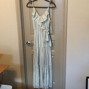Altar'd State NWT mint and white dress